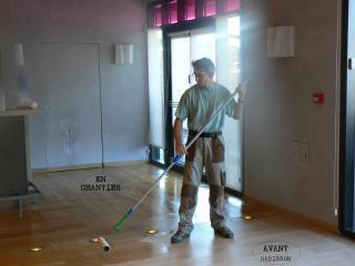Une équipe de professionnels du ponçage & du nettoyage à votre écoute depuis 1990