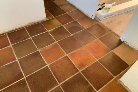 Nettoyage après travaux à Bandol (83) - Sol terre cuite et carrelage