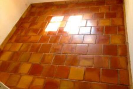 Traitement de la terre cuite et sol en marbre dans le Var