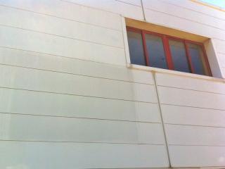 Nettoyage de façade de bâtiment par osmose inverse