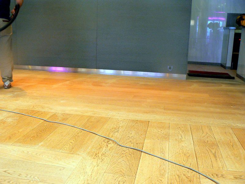 La r novation des vieux parquets pon age traitement var 83 for Poncage parquet chene