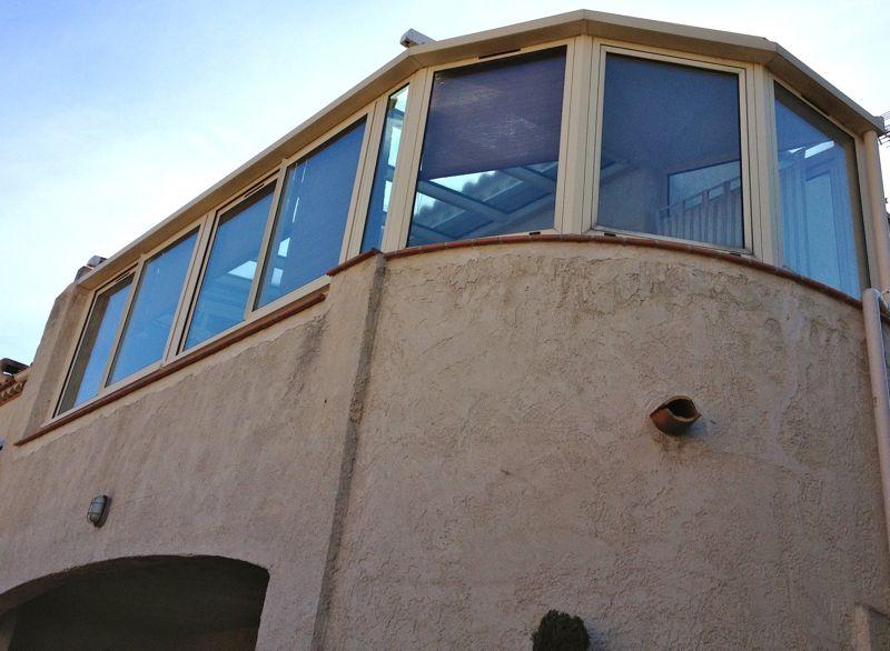 Nettoyage de vitres, toit de véranda & verrière particuliers et professionnels