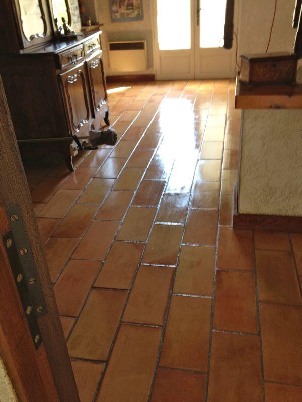 Traitement des terre cuite marbre var 83 for Nettoyage marbre exterieur